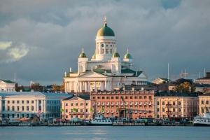 Правительство Финляндии завтра обсудит введение дополнительных ограничений